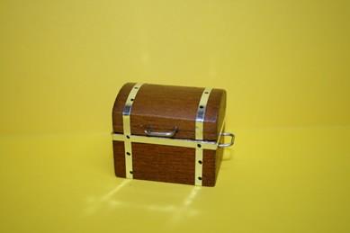 Truhe, Holz braun