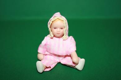 Baby, Strampler rosa/weiß, Porzellan, beweglich