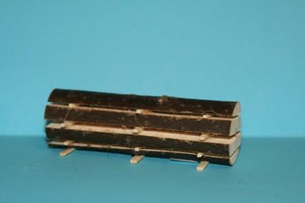 Holzstamm aufgesägt