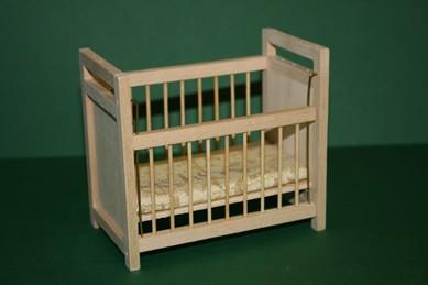 Baby-Gitterbett, Holz roh, Gitter verstellbar, 1:12