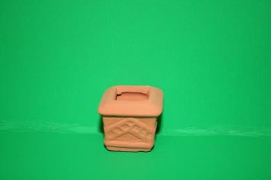 Terracotta-Gartenvase, eckig