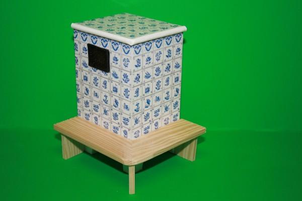 Kachelofen mit Sitzbank, Delftmuster, Kunststoff