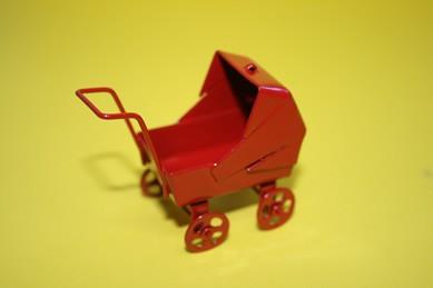 Puppenwagen rot, Metall