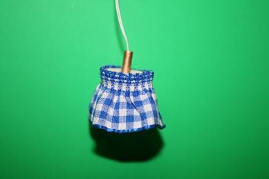Hängelampe mit Rüschenstoff, blau/weiß, 12 Volt