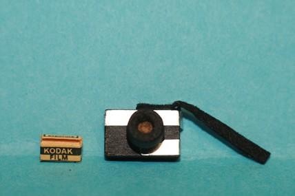 Kamera mit Film, 1:12