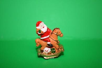 Weihnachtsmann/Nikolaus auf Schaukelpferd, Keramik