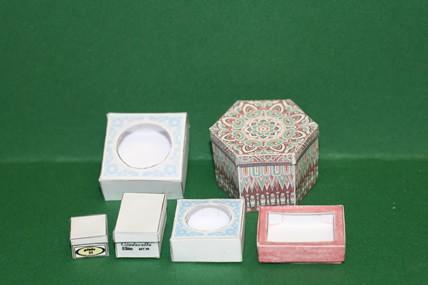 """6 Faltschachteln, mit sechseckiger Schachtel """"Ornamente"""""""