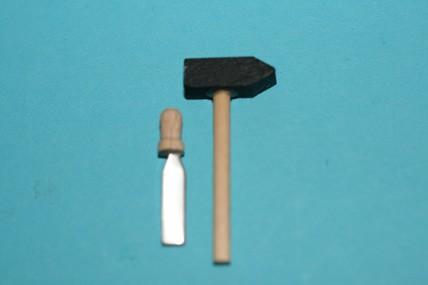 Hammer und Stechbeitel, 1:12