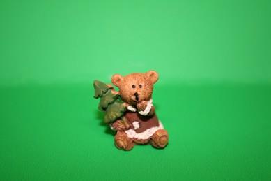 Weihnachtsbär mit Tanne, Kunstharz