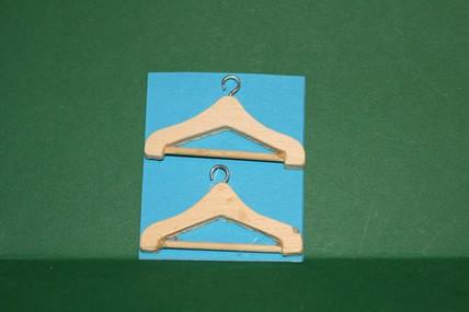 Kleiderbügel, Holz - 2 Stück, 1:12