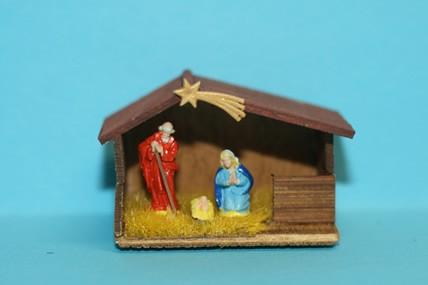 Krippe, Holz, mit Kunststoff-Figuren, 1:12
