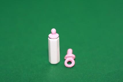 Schnuller + Flasche, weiß/rosa, 1:12