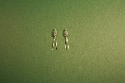 Micro-Kerzenbirnen - 2 Stück, 1:12