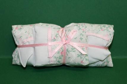Deckbett mit 2 Kissen für Doppelbett, 1:12