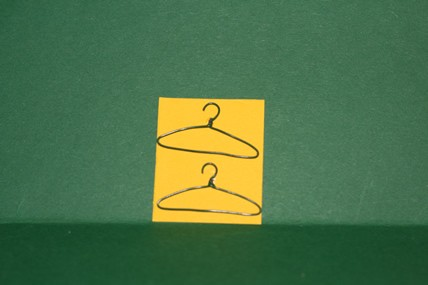 Kleiderbügel, Draht - 2 Stück, 1:12