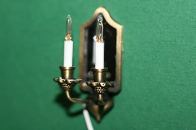 Wandlampe m. Spiegel und 2 Kerzen, Messing