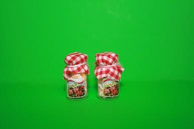 Vorratsgläser gefüllt mit Kandiszucker - 2 Stück