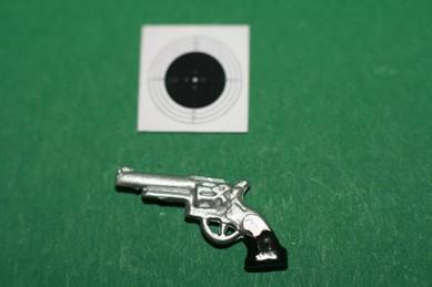 Pistole mit Zielscheibe
