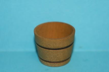 Holzkübel ohne Griffe, gebeizt, 1:12