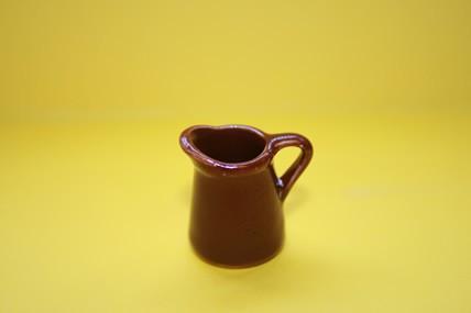 Kanne braun, Keramik