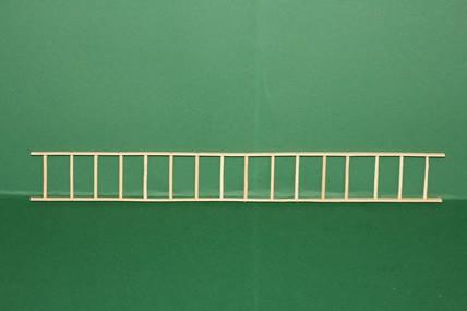 Holzleiter, 16 Sprossen