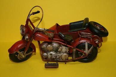 Motorrad rot, mit Beiwagen