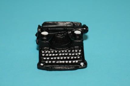 Schreibmaschine, 1:12