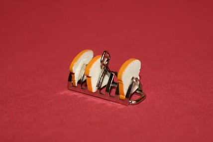Toastständer mit Toastscheiben, 1:12