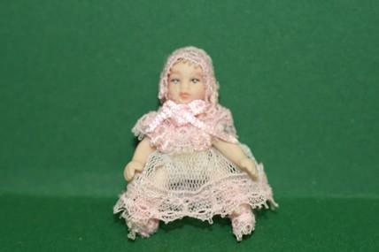 Babypuppe, Spitzenkleid rosa, 1:12