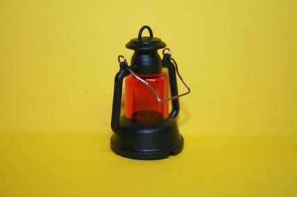 Stall-Laterne rund, schwarz/rot, 1:12