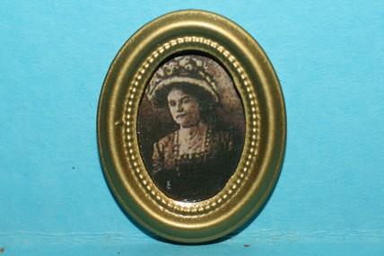 Miniatur-Bild oval, Frau