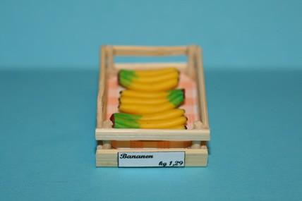 Obstkiste mit Bananen, 1:12