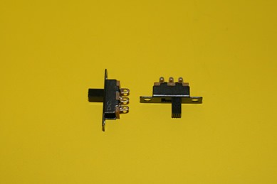 Ein- und Ausschalter, funktionsfähig - 2 Stück, 1:12