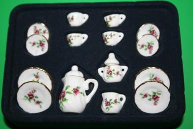 Kaffee-Service für 4 Personen, weiß mit Blumen rosa, Porzellan