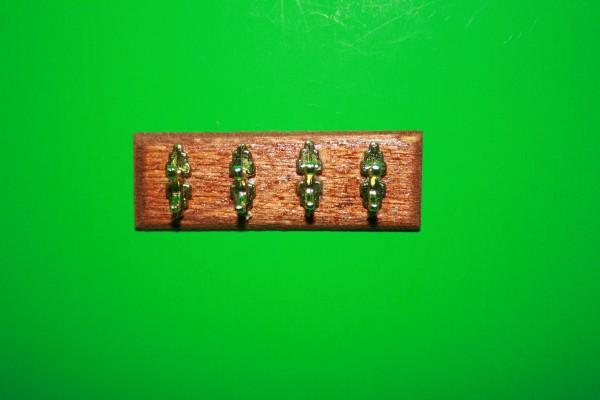 Miniatur Wandbrett mit Kleiderhaken 1:12