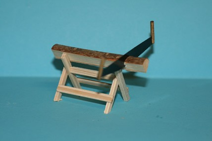 Holzbock mit Säge, 1:12