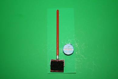 Blocker mit Hartwachs-Dose, Holz lackiert
