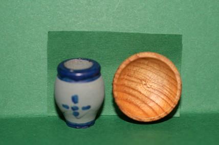 Holzschüssel mit Schmalztopf, 1:12