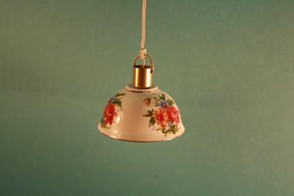 Hängelampe, Porzellanschirm Blumen, 1:12