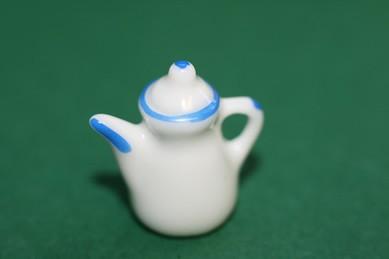 Kaffeekanne weiß, mit blauem Rand, Porzellan