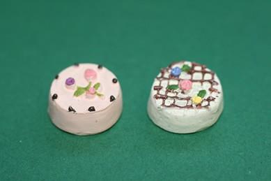 Torten klein, Gitter/Blumen - 2 Stück, 1:12