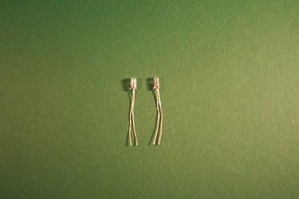 Micro-Birnen - 2 Stück, 1:12