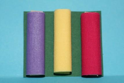 Stoffballen uni (lila, gelb und rot) - 3 Stück, 1:12