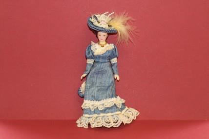 Porzellan-Puppe, Kleid blau, 1:12