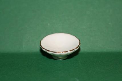 Porzellan-Schale weiß/Goldrand, 1:12
