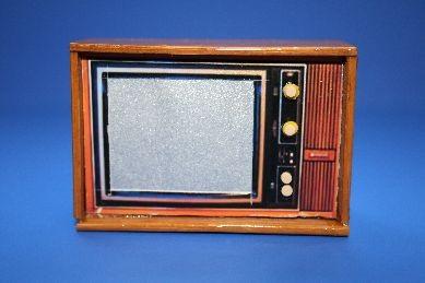 Fernseh-Apparat, Holz lackiert