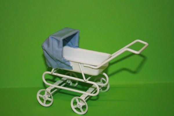 Kinderwagen weiß/blau, Metall und Stoff